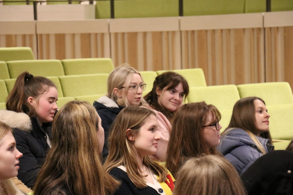 Students attend a Q&A with current History & Joint Schools students and the Access & Outreach Officers.